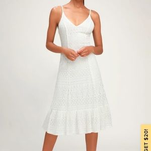 HAPPY GLOW LUCKY WHITE LACE MIDI DRESS